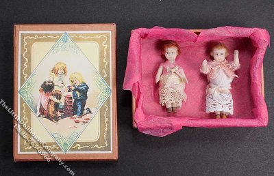 Dollhouse Scale Model Pair of Dolls in Gift Box