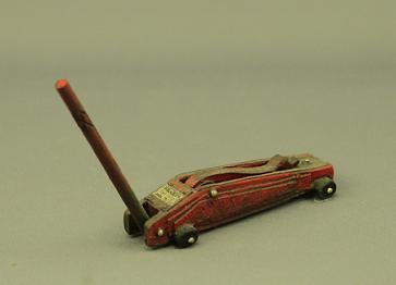 Dollhouse Scale Model Auto Jack - Click Image to Close